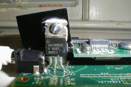 Fonte com integrado 7805
