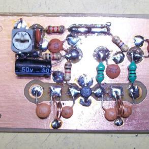Circuito amplificador de antenas UHF TV digital 10 a 15 dB