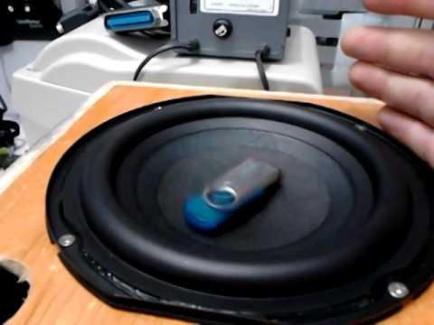 , Circuito de amplificador de potência com CI TDA2005 em ponte – 20 W