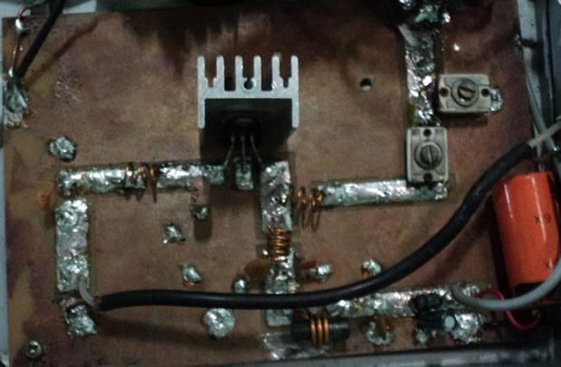 , Amplificador de RF banda larga de até 20Watts para FM e VHF