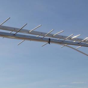 Antena UHF Log periodica Banda IV e V – TV Digital Proeletronic PQ45-1040