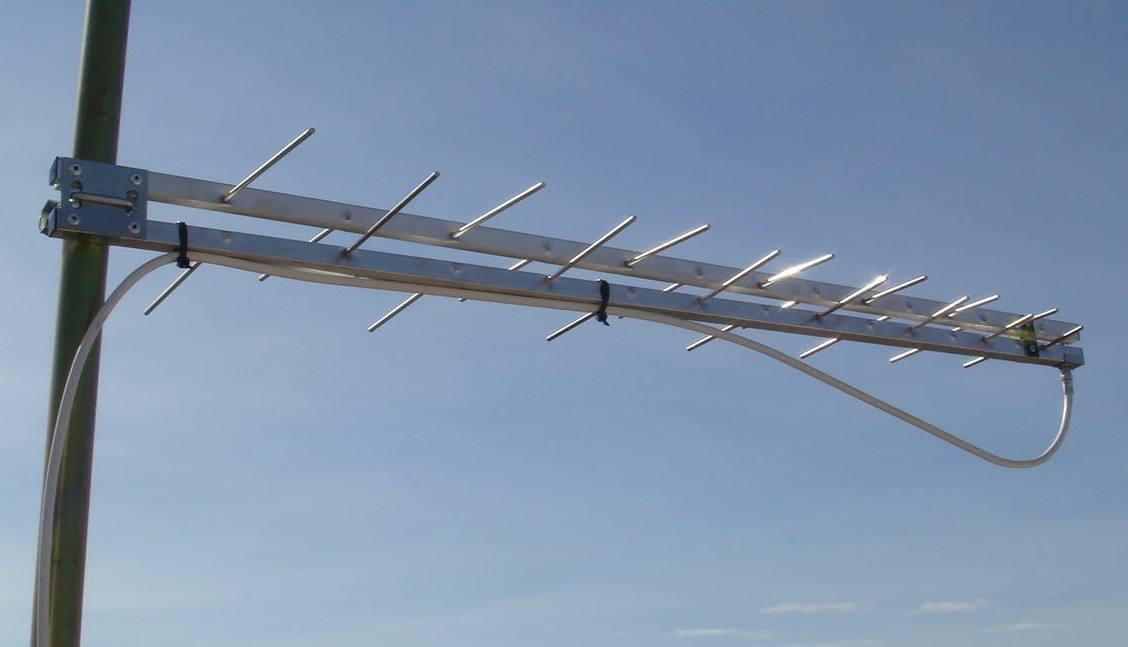 Antena UHF Log periodica Banda IV e V - tv Digital Proeletronic PQ45-1040 - a escolha dos fóruns para tv digital