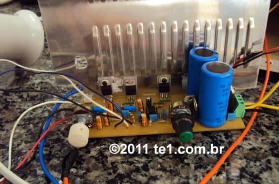 Circuito de amplificador de áudio com tda2030 2. 1 - 3 x 18 watts - subwoofer - completo com sugestão de placa e fonte de alimentação