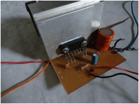 amplificador com tda 1557