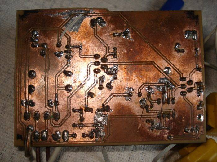 DSC00796 700x525 Circuito de amplificador de áudio com TDA2050 – 2 x 18 Watts – Subwoofer tda Circuitos
