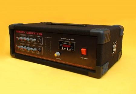circuito amplificador mp3estereo 500 watts 450x313 Circuito de amplificador de áudio estéreo potente de 500 Watts, com equalizador, pré amplificador, Vu meter e leitor de MP3 Pré amplificadores Circuitos Áudio Amplificadores e Áudio Amplificadores amplificador potente Amplificador potência amplificador estéreo amplificador de audio