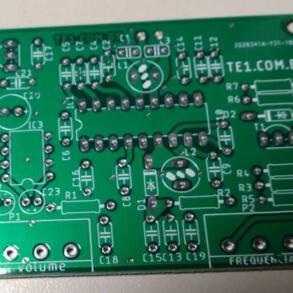 Pingou o novo pacote de placas de circuito impresso de qualidade direto da China via JLCPCB