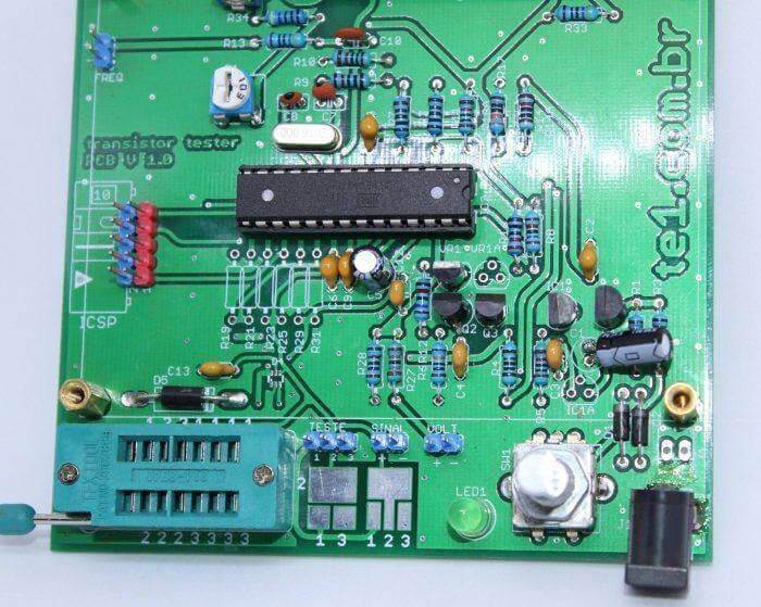transistor tester mega328 mede esr capacitor resistor diodo mosfet indutor 3 700x559 Transistor tester Mega328 mede ESR, capacitor, Mosfet Tutoriais transistor Teste e medida multímetro mosfet microchip led esr Circuitos capacitor Atmega