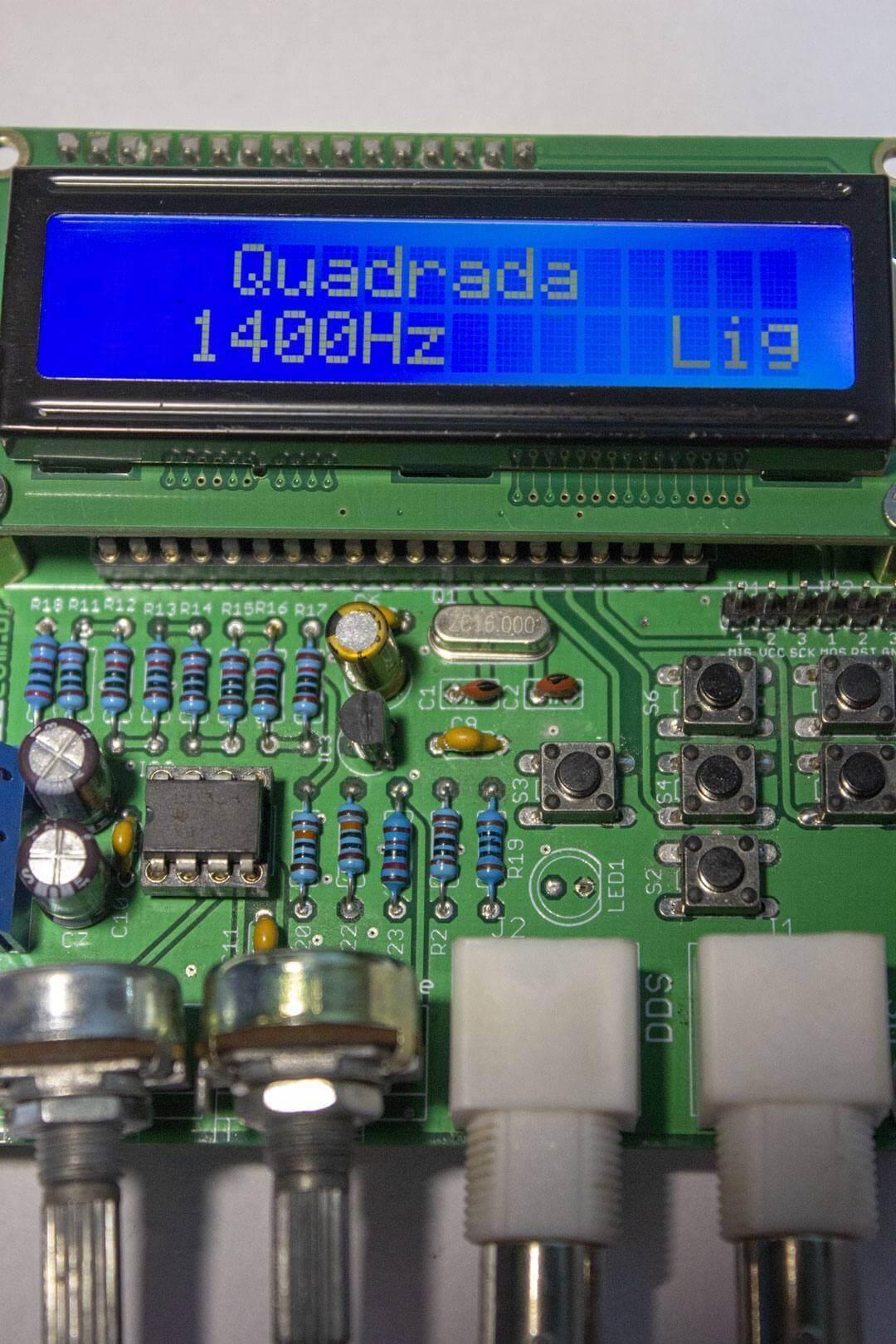 Placa do Gerador de sinal DDS montada