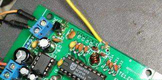 Circuito de rádio receptor com ci tda7000 e amplificador com lm386