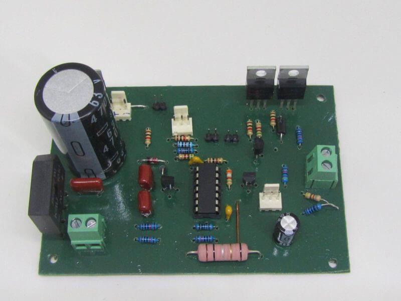 Fonte De Tensão E Corrente Com Lm324 Verasão Com 2 Transistores Mosfets